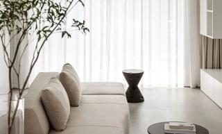 厦门81㎡极简风的两居,干净纯粹而又温柔隽永的家